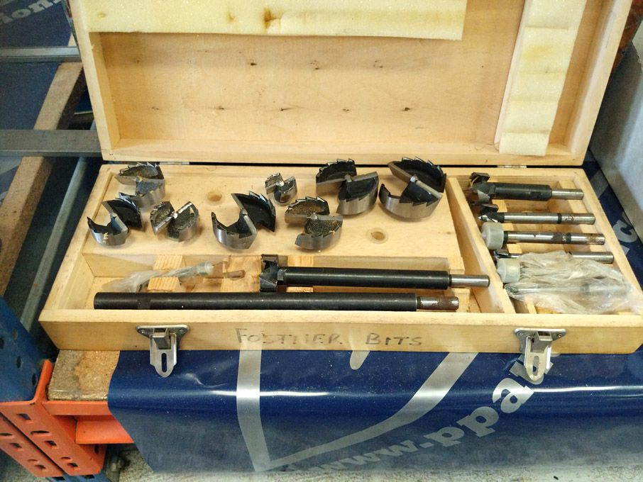 Forstner shank wood cutter bit set in wooden box