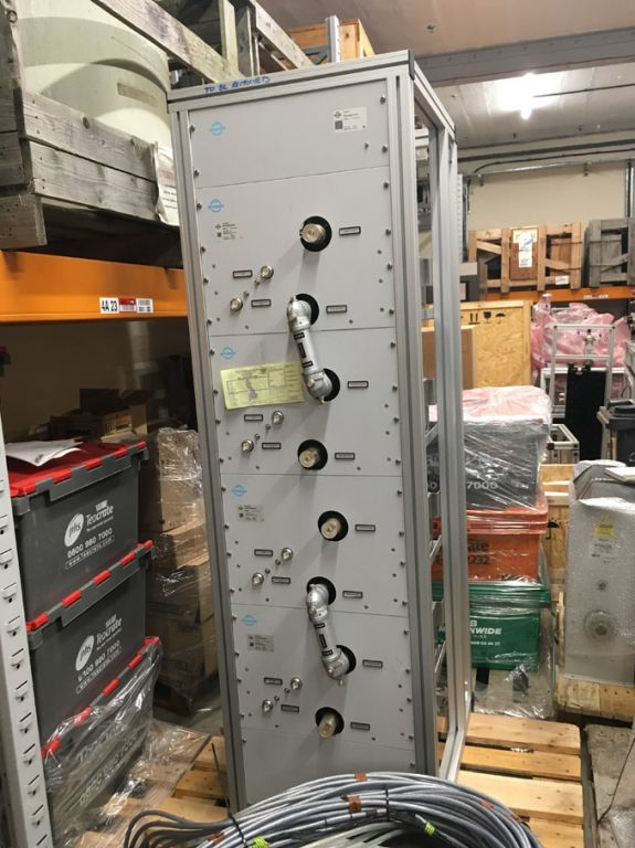 "Spinner UHF combiner (main unit) 1 5/8"" input / ou..."