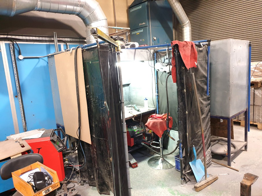Duscovent welding booth with Lorch S3 speed pulse...
