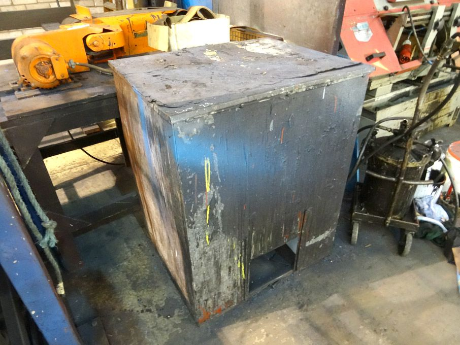 740x600x900mm metal storage box