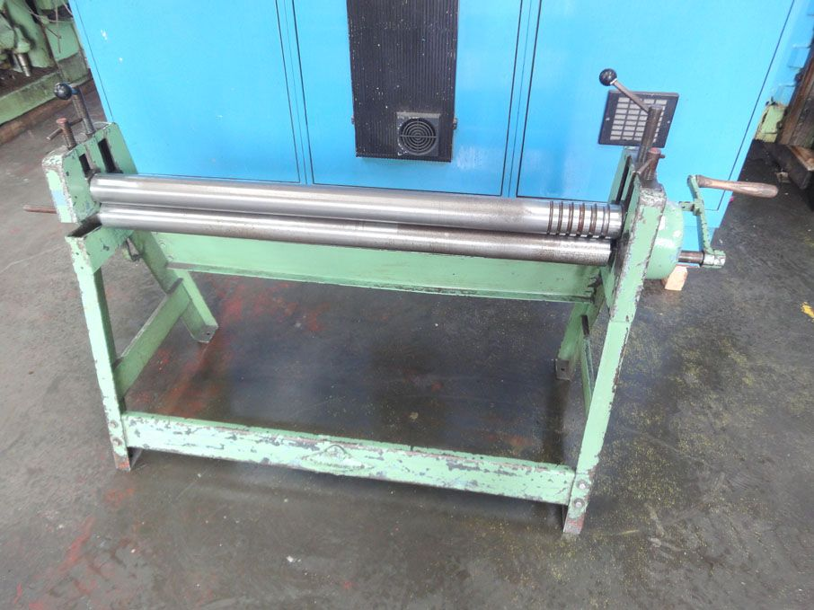 "Edwards 48"" initial pinch manual bending roll..."