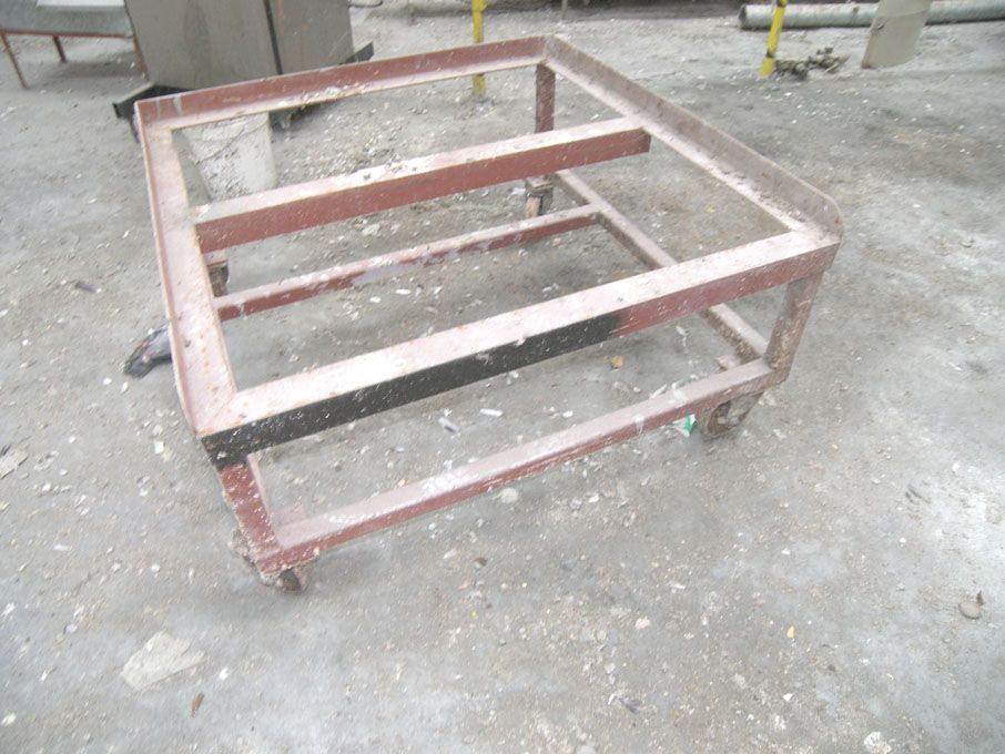 1250x1250mm forkable metal stand